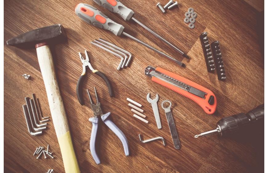 Les outils de bricolage indispensables à avoir chez soi